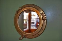 Porthole-Mirror-Mirror-focus